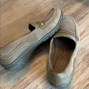Natural Soul loafers